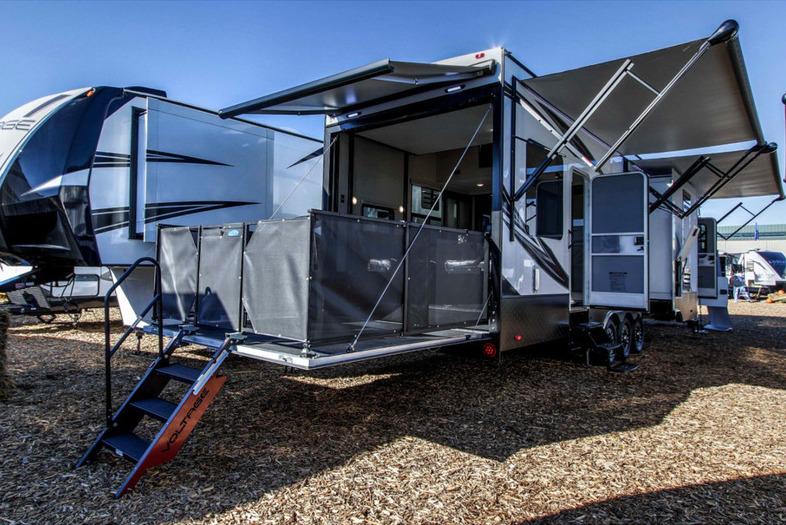 Seattle Rvs New Fifth Wheel Toy Hauler Travel Trailer ...